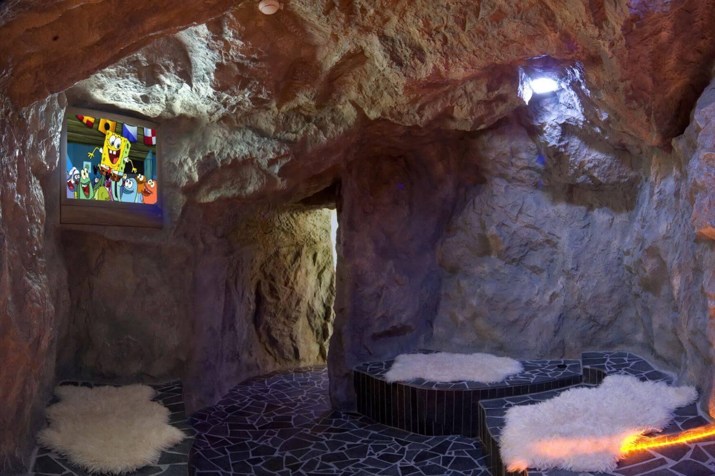 Felsimitationen KWS Mohr Life Resort Lermoos Brenhhle